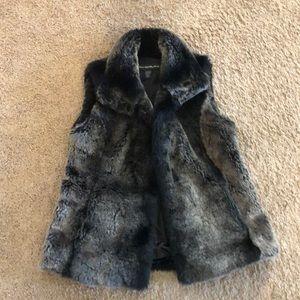 Faux fur vest, small